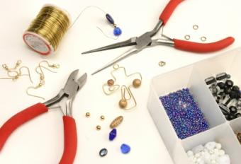 How to Make Wall Crosses with Beads and Wire