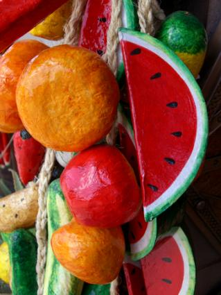 Paper mache fruit; © Richard Gunion | Dreamstime.com