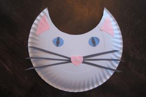 cat face & How to Make a Paper Plate Cat | LoveToKnow