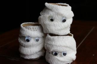 Paper towel roll mummies