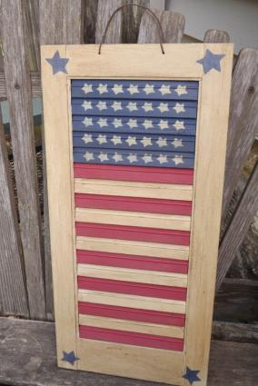 Primitive Flag Shutter