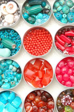 tin of pretty beads