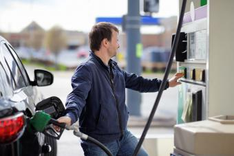Man purchasing gas for car