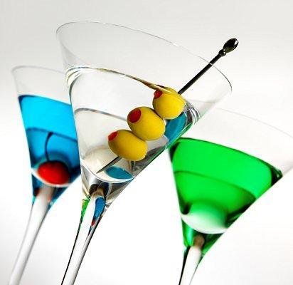https://cf.ltkcdn.net/cruises/images/slide/122497-412x400-drinkprice10.jpg