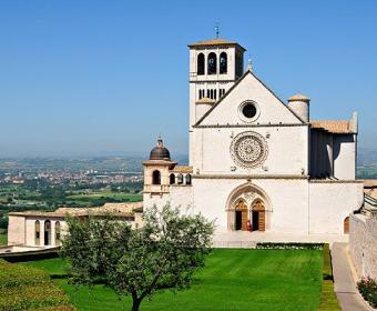 https://cf.ltkcdn.net/cruises/images/slide/122564-485x400-tuscany11.jpg