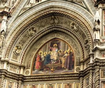 https://cf.ltkcdn.net/cruises/images/slide/122572-478x400-tuscany3.jpg