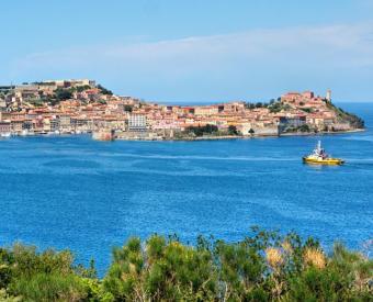 https://cf.ltkcdn.net/cruises/images/slide/122573-495x400-tuscany12.jpg