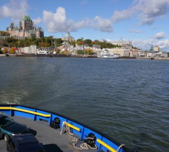 https://cf.ltkcdn.net/cruises/images/slide/122637-731x657-canada_cruise_--_auto_ferry.JPG