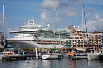 P&O Cruise Ship Docked in Oranjestad, Aruba