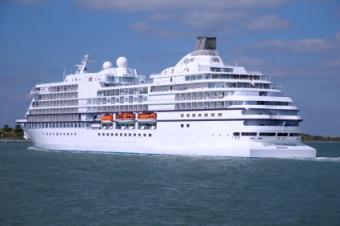 Cruise Ship Seven Seas Navigator