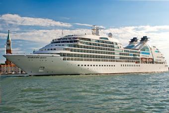 Cruise Ship Seabourn Quest in Venice