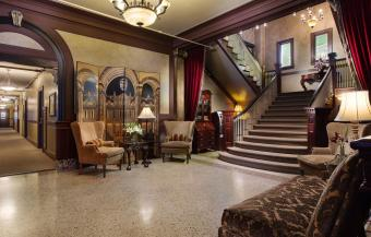 MarQueen lobby