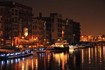 Milwaukee Boat Line at Night