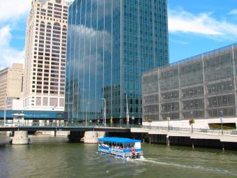 Riverwalk Boat Tour on Milwaukee River