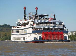 Ohio River cruises employ historic steamboats.