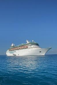 Traveling Cruise Ship