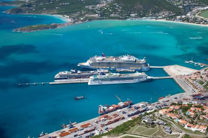Celebrity Summit joining other cruise ships at St. Maarten