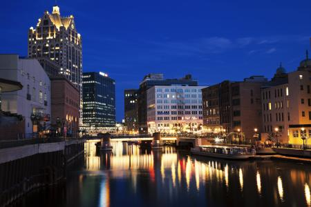 Milwaukee River at night