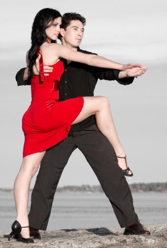 https://cf.ltkcdn.net/dance/images/slide/55262-568x845-SalserosSunset.jpg