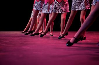 https://cf.ltkcdn.net/dance/images/slide/55312-850x563-tapdance.jpg