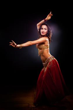 A middle eastern dancer
