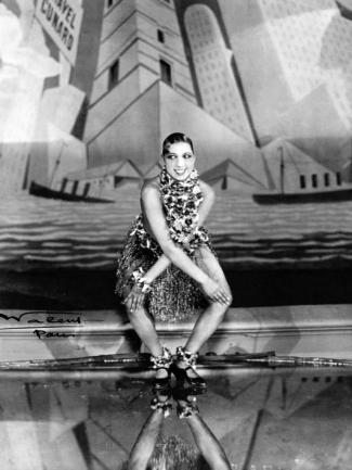 Josephine Baker doing the Charleston