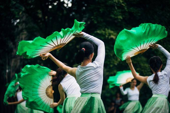 Chinese dancers with green fans