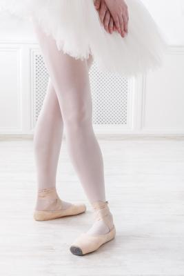 ballerina in 4th position