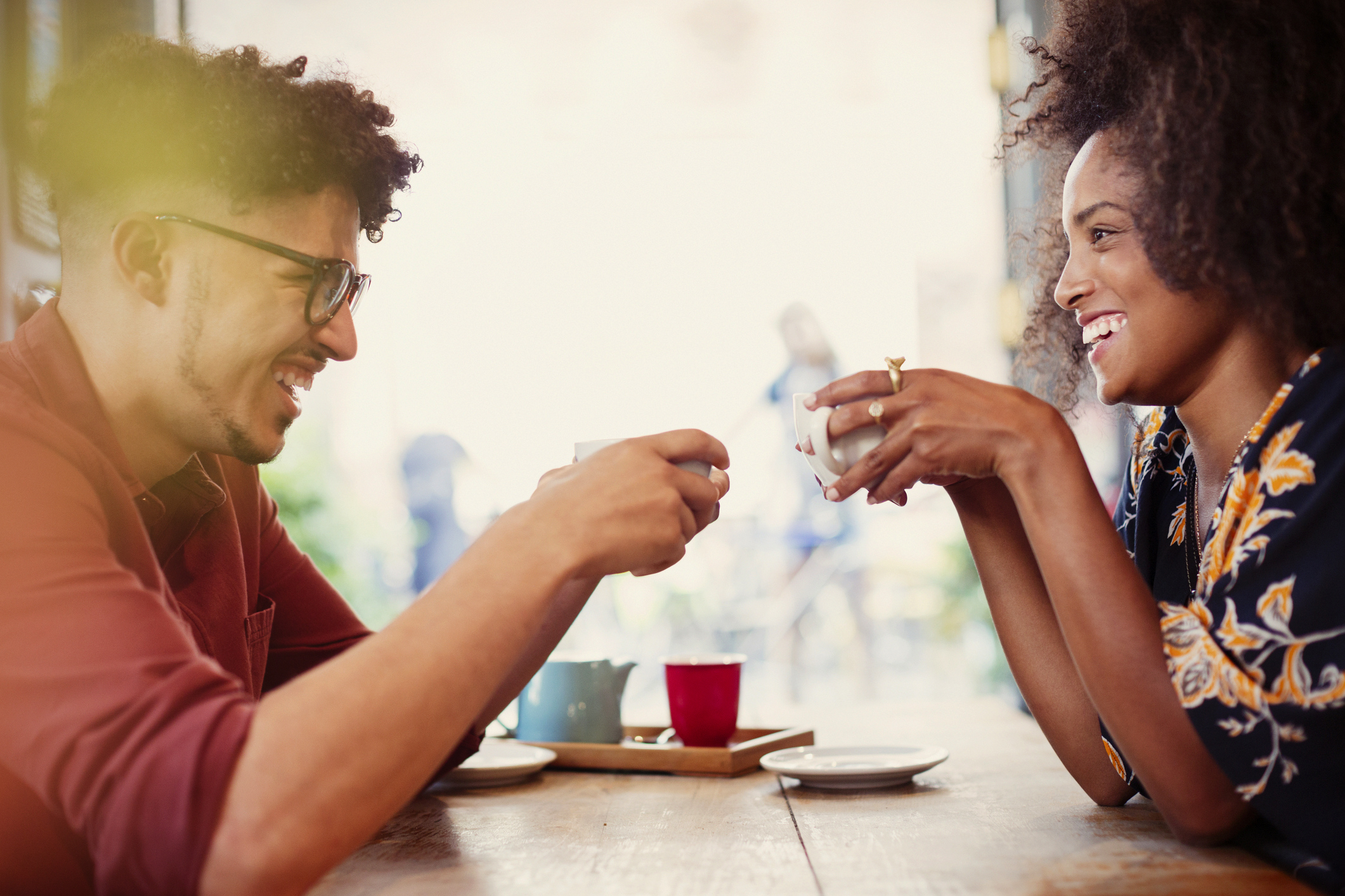 Dating Conversation Topics | LoveToKnow