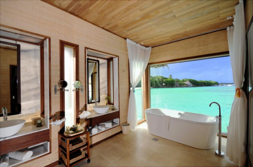 https://cf.ltkcdn.net/dating/images/slide/86609-850x563-Romantic_Bathroom.jpg