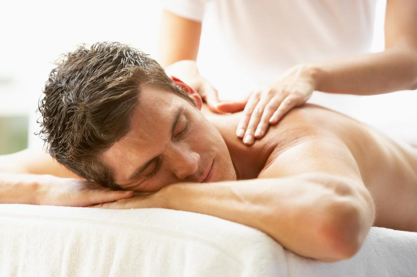 https://cf.ltkcdn.net/dating/images/slide/86665-849x565-massage.jpg