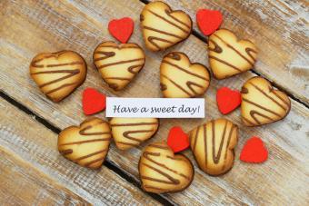 https://cf.ltkcdn.net/dating/images/slide/184323-800x533-sweet-greetings.jpg