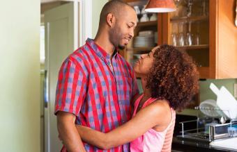 10 Simple Ways to Make Your Boyfriend Happy