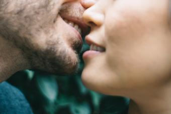 Photos of 10 Couples Kissing