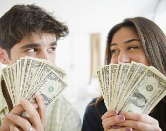 How to Split the Bills in a Relationship
