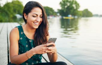 How to Reply to Online Dating Messages the Right Way