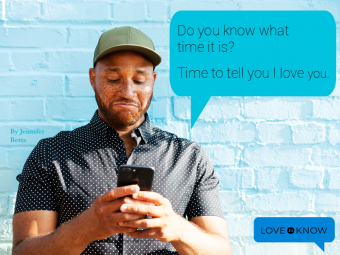 Man reacting to a love text