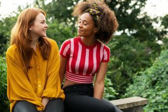two women online dating meet in park