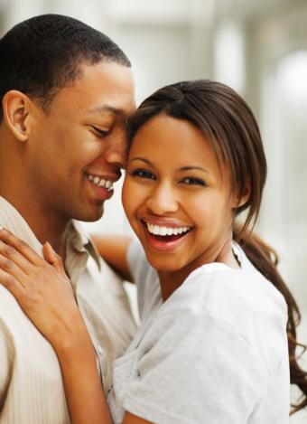 10 Photos of Beautiful Young Couples in Love