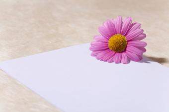 https://cf.ltkcdn.net/dating/images/slide/86644-849x565-love-letter.jpg