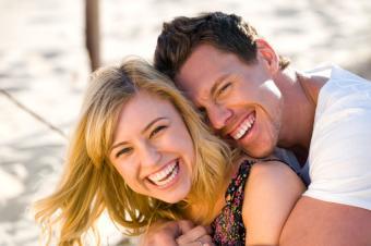 https://cf.ltkcdn.net/dating/images/slide/86746-850x565-Couples_in_Love_Images_1.jpg