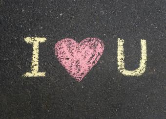 https://cf.ltkcdn.net/dating/images/slide/86766-820x585r2-Creative_I_Love_You_2.jpg