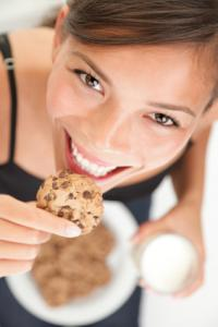 Eating Cookie, Istock standard license agreement