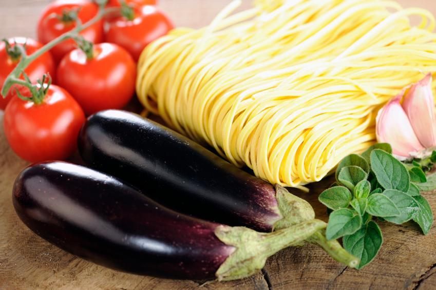https://cf.ltkcdn.net/diet/images/slide/86370-849x565-4-eggplant.jpg