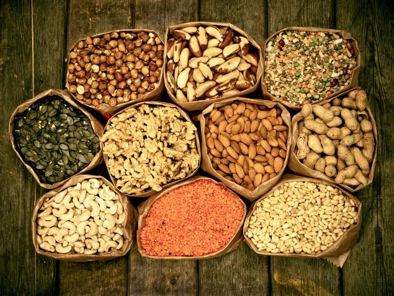 https://cf.ltkcdn.net/diet/images/slide/86463-800x600-Nuts_and_Seeds.jpg