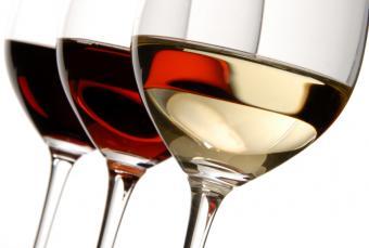 https://cf.ltkcdn.net/diet/images/slide/131390-844x569r1-wine.jpg