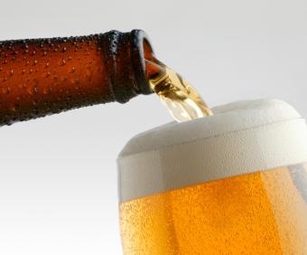 https://cf.ltkcdn.net/diet/images/slide/131391-761x631r1-Beer.jpg