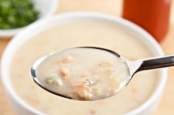 new england clam chowder spoon bowl bread