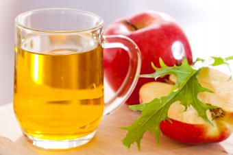 How Does Vinegar Help You Lose Weight?