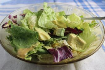 Tossed-Green-Salad-with-Avocado.jpg